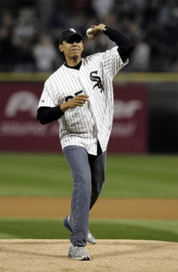 Obama first pitch