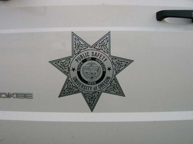 29yes_that_is_a_u_of_o_police_car